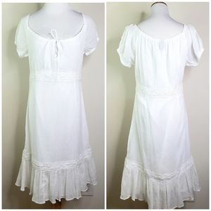 GAP // White Peasant Dress Size 6